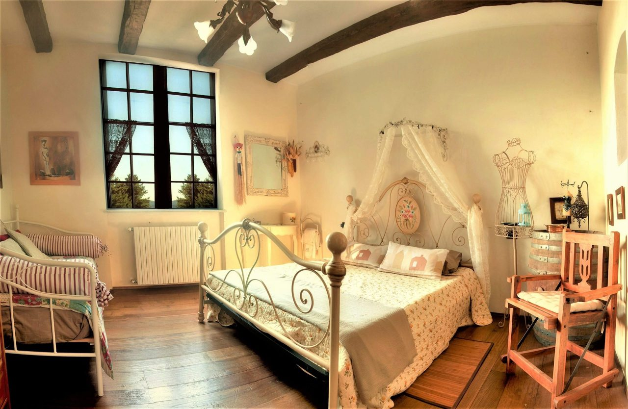 Antica Rocca room